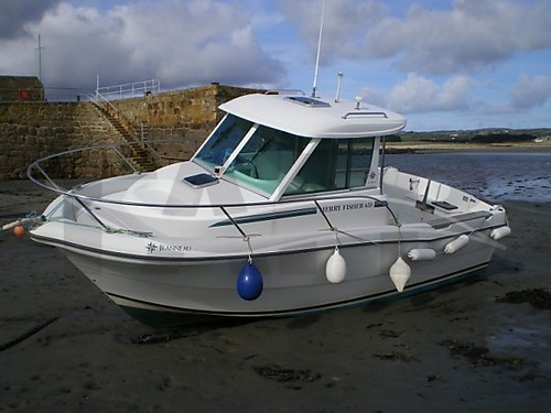 Jeanneau Merry Fisher 635 fishing boat for sale