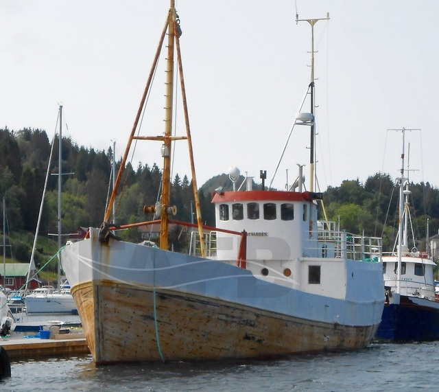 Small cargo vessel bergen fafb for Small used fishing boats for sale