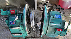 Link to picture 1 for 2 x ZF 280 gearboxes + spare gearbox