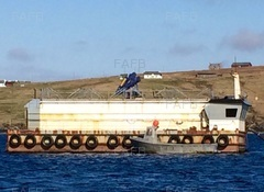 Arena 150 Tonne feed barge