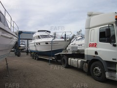 Boat and Yacht transport Crane assisted