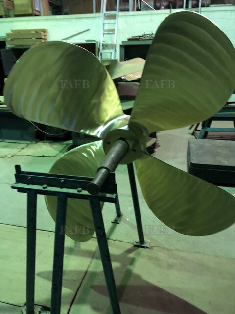 60 inch diameter 4 blade right hand New propeller in stock - picture 1