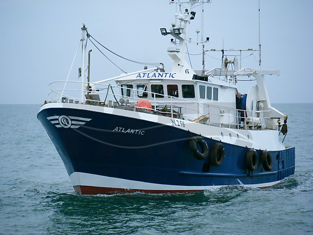 steel french trawler - picture 1