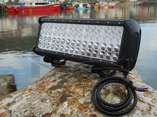 140 WATT LED FLOODLIGHTS - picture 1