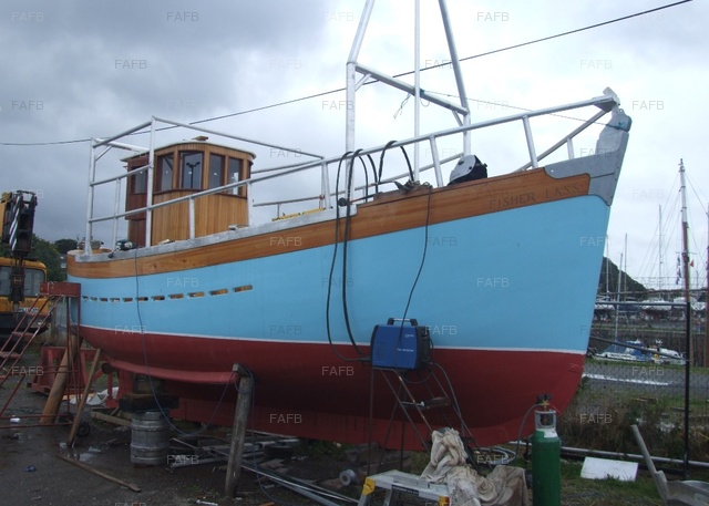 Completely Restored 26ft Miller Fifer - picture 1