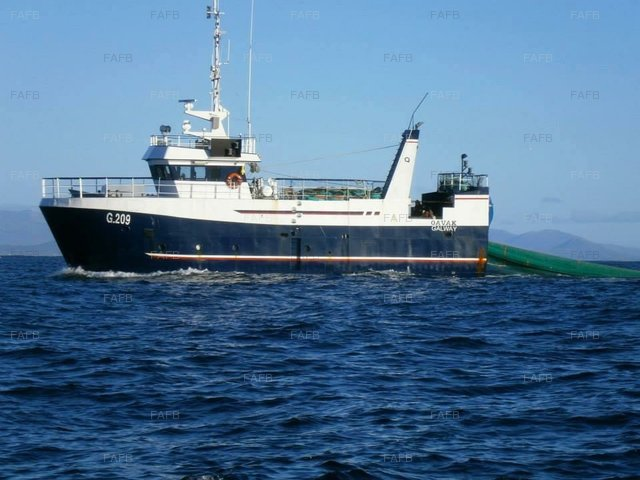 Steel trawler - picture 1