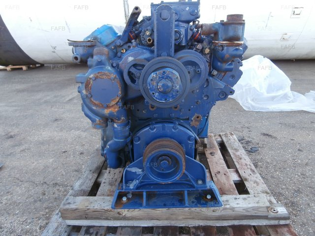 DETROIT DIESEL 6V71 ENGINE - picture 1