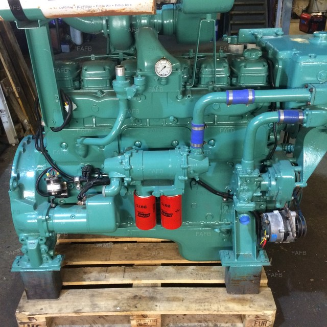 VOLVO TD100 ENGINE - picture 1
