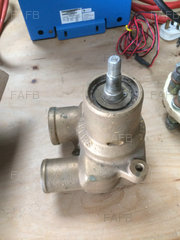 Cat 3208 Raw water Pump - ID:84947