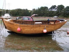 18ft. Elm on Oak clinker Beach Boat. 6.5 hp Lister engine & gearbox - Sea Lord - ID:68885